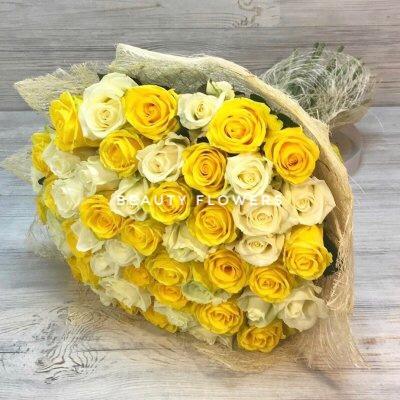 51 желтая и белая роза