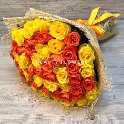 Букет из 51 желтой и оранжевой розы
